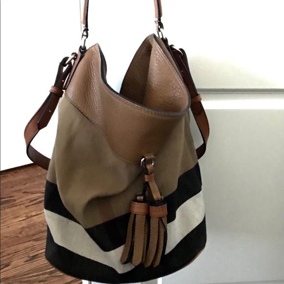 907360fc32a8 Burberry Handbags - Auth. Burberry Brit Canvas Check Ashby Tassel Hobo